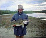 Сообщается также о конкурсе на самую большую рыбу, пойманную в 2007 году...