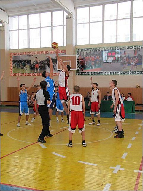 Определились все участники Финала Четырех Донецкой Школьной Баскетбольной Лиги