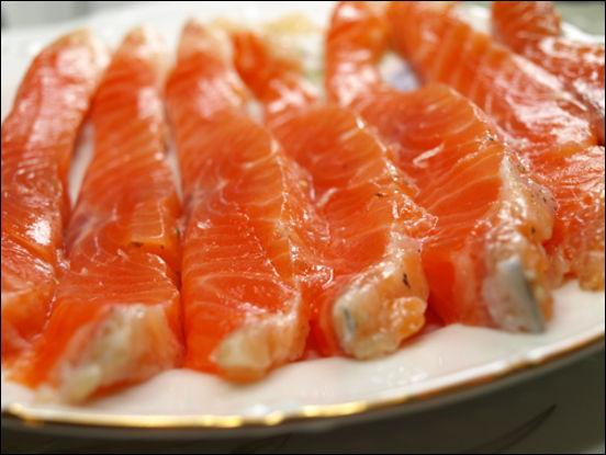 Хочу поделиться ещё одним рецептом засолки красной рыбки ( ОЧЕНЬ БЫСТРЫЙ.