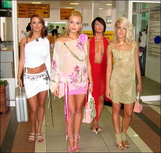 u-solistki-gruppi-blestyashie-ukrali-intimnie-fotografii