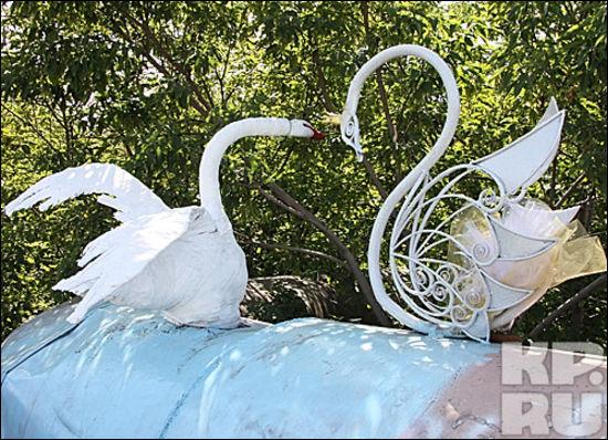 Лебедь из металла своими руками