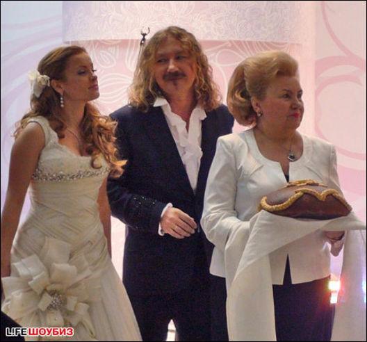 порыве фото свадьбы игоря николаева и юлии проскуряковой заведения стремились