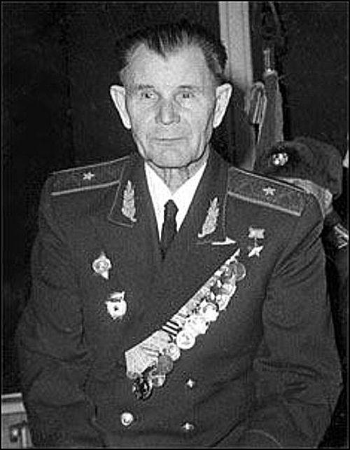 geroi-sovetskogo-soyuza-borchane