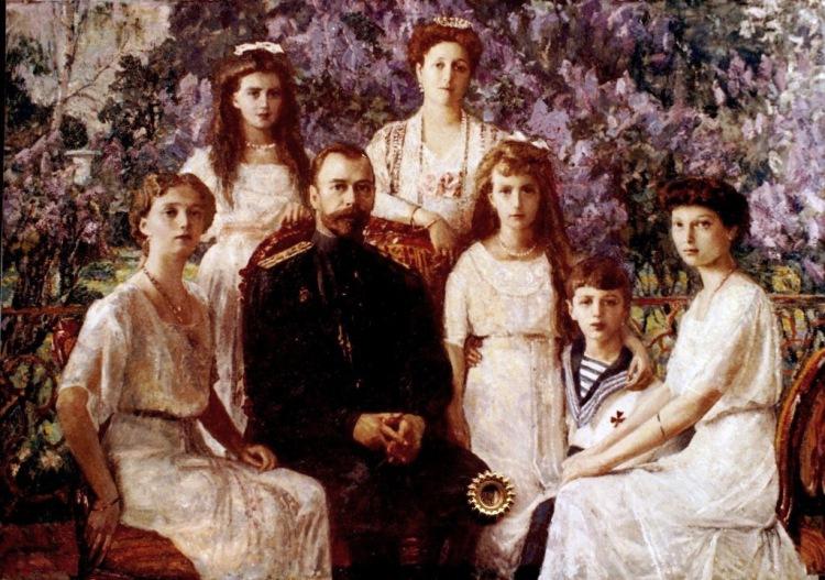 Общество не готово к возвращению царской семьи: алтайский историк