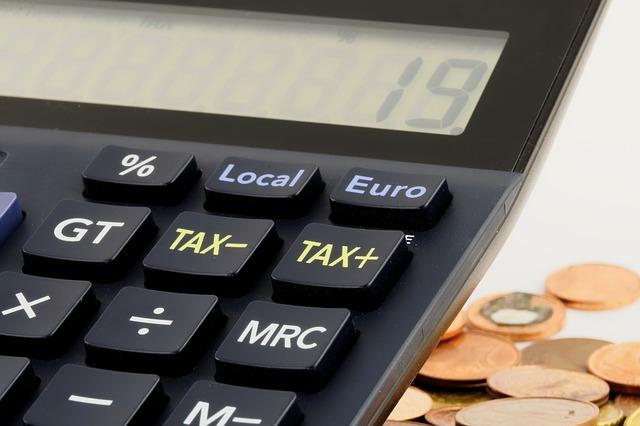 Депутаты предлагают уклонистов от налогов сажать на пять лет