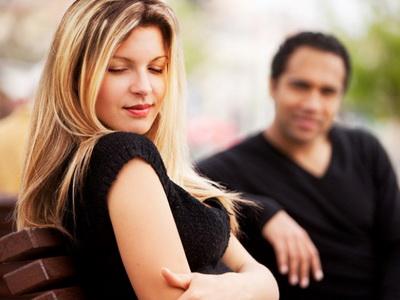 Диалог сексуального характера между мужчиной и женщиной
