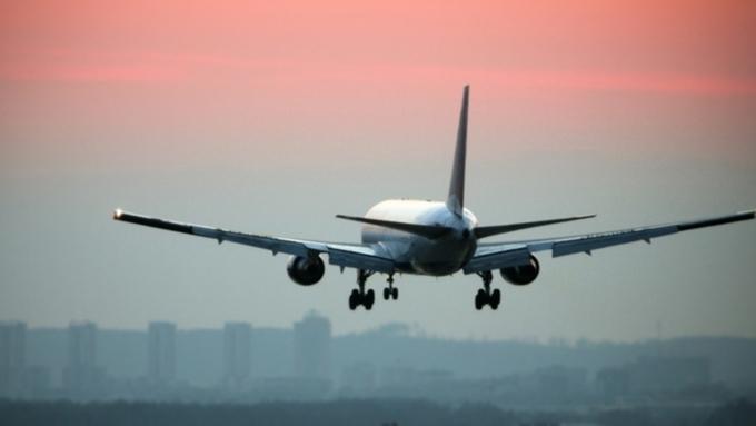 Boeing, вылетевший изМосквы вКогалым, совершил экстренную посадку воВнукове