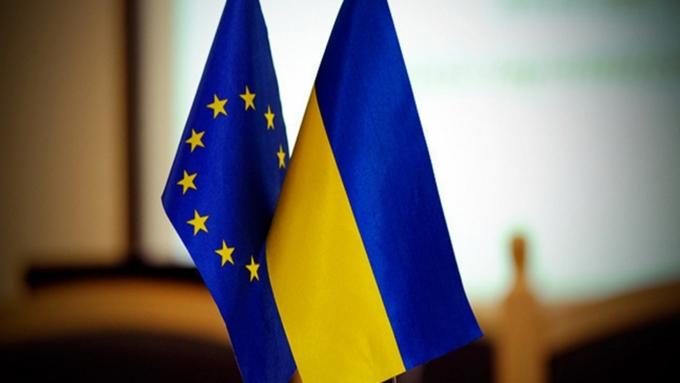 Стало известно осенсационном решенииЕС повизам для Украины
