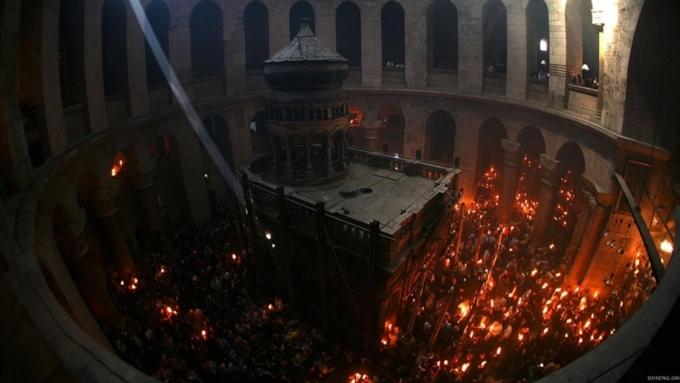 святая земля благодатный огонь на гробе господнем фильм