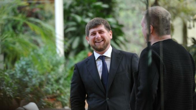 Доходы Рамзана Кадырова в 2015 году выросли с 4,8 млн до 5,01 млн рублей