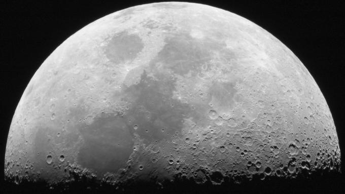 США впервый раз вистории разрешили частной компании полет наЛуну