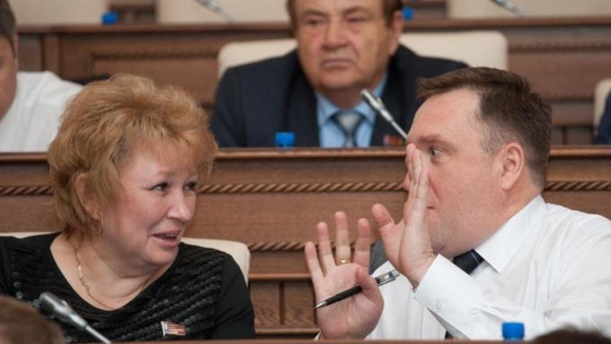 НаАлтае народные избранники внесли поправки врегиональный бюджет