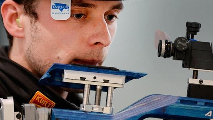 Бийский стрелок Сергей Каменский сегодня начнет борьбу заолимпийские медали