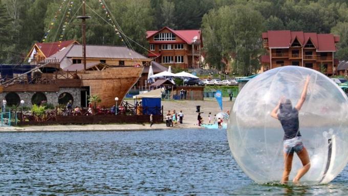 Поток туристов вАлтайский край летом 2016 года увеличился на20%