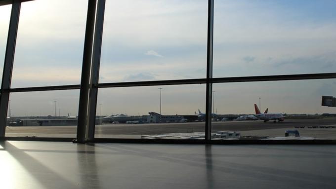 Аэропорт Лос-Анджелеса эвакуировали из-за подозрительного груза
