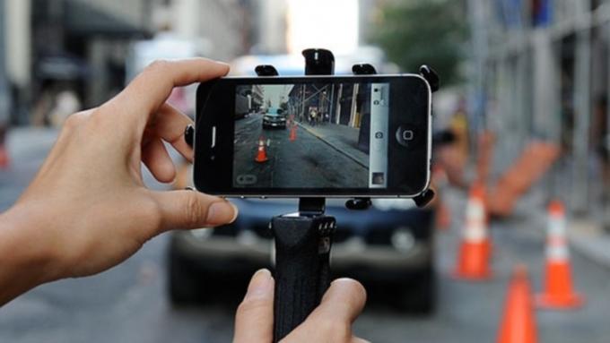 Облагать штрафом нарушителей ПДД смогут наосновании видео со телефона