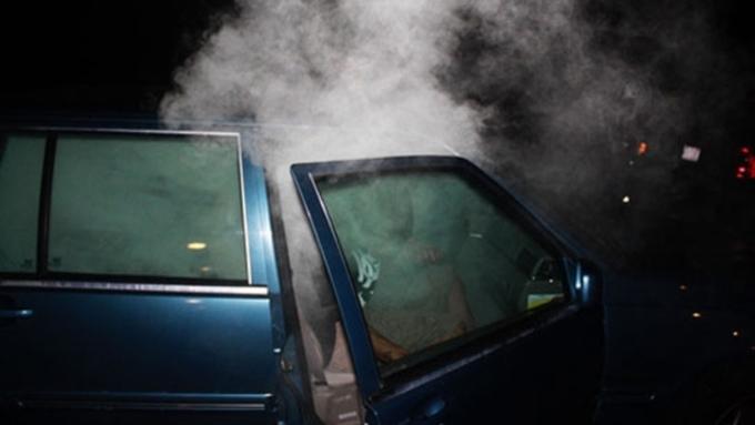 Марихуана в машине конопля марихуана гашиш cannabis