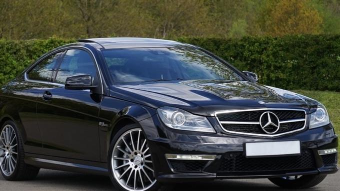 В столице России шофёр Mercedes исчез после ДТП спогибшим