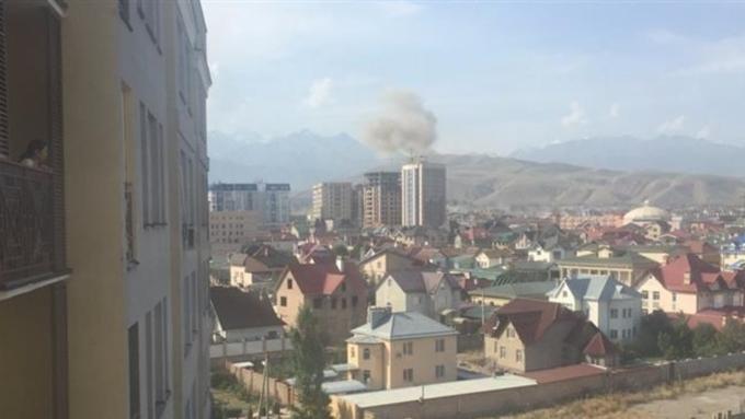 Xinhua: Взрыв укитайского посольства вКиргизии произвел «смертник»
