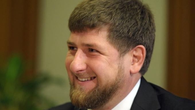 Рамзан Кадыров подарил джипы Mersedes-Benz оставшимся без наград олимпийцам Чечни