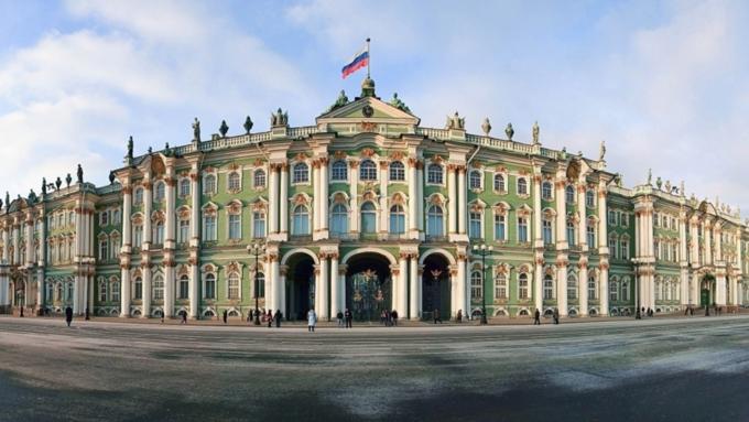Эрмитаж вошел втройку наилучших музеев мира