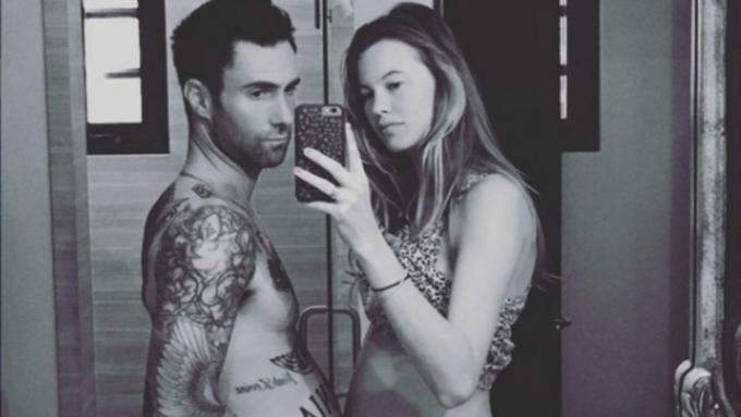 Дочь родилась усолиста группы Maroon 5 имодели Victoria's Secret