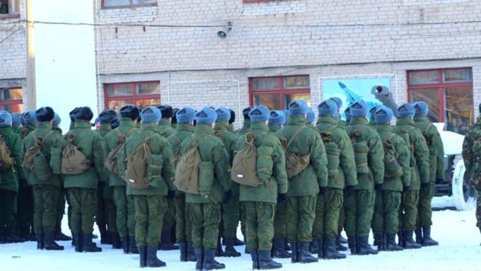 В РФ начинается осенний призыв