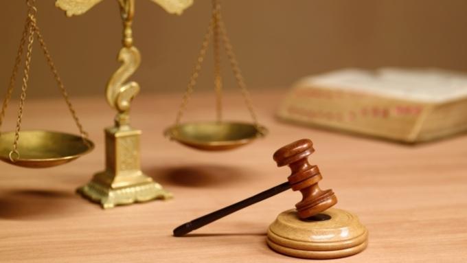 19-летнюю жительницу Барнаула обвиняют вмошенничестве скредитом