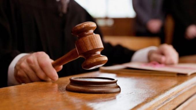 Троих женщин имужчину будут судить наАлтае занападения настарушек