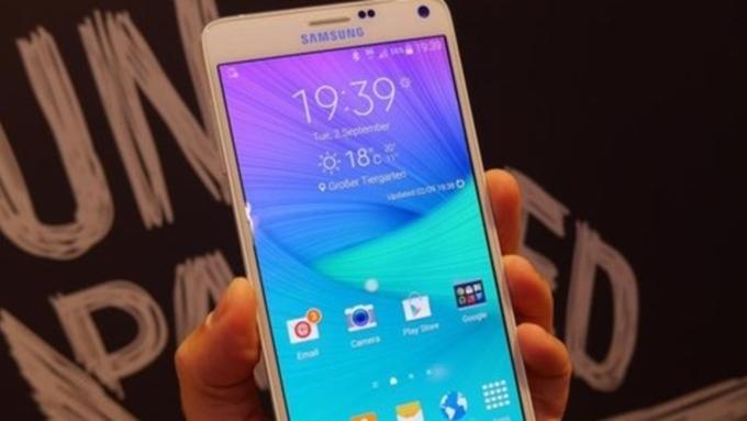 Самсунг Galaxy J7 (2017) уже тестируется вИндии