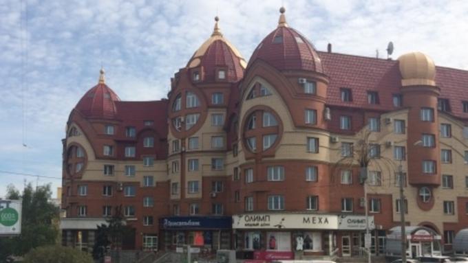 Вцентре Барнаула продается спортивный магазин за17 млн руб.