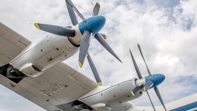 Грузовой самолет зажегся вСША после приземления