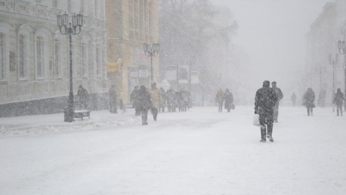 МЧС призывает граждан Алтая косторожности вусловиях штормовой погоды