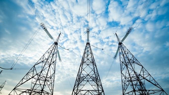 Обрыв ЛЭП оставил без электричества 40 населенных пунктов наАлтае