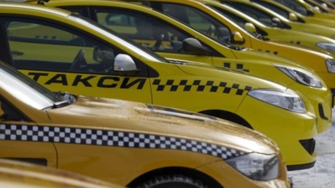 53 машины такси похитили убарнаульского предпринимателя