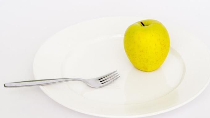Ученые пояснили, почему люди толстеют зимой