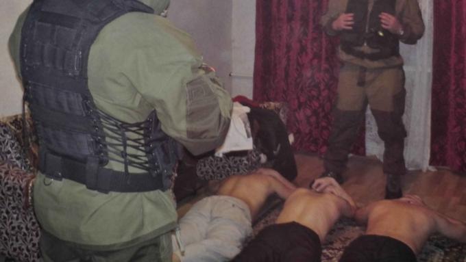 ВОктябрьском районе Ижевска двое братьев содержали наркопритон