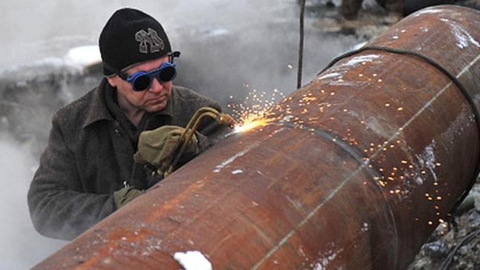 Улицу Э.Алексеевой вБарнауле затопило из-за коммунальной трагедии