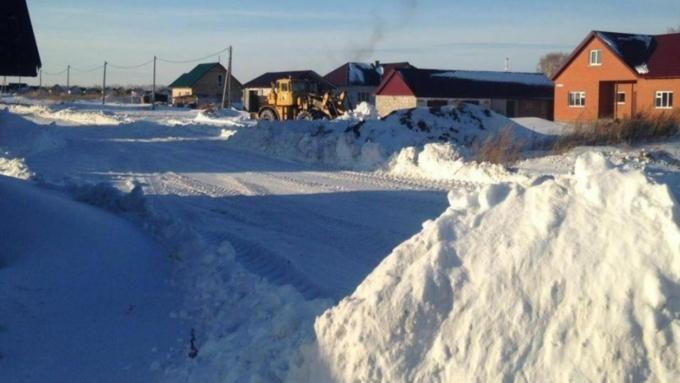Для уборки снега на даче купить