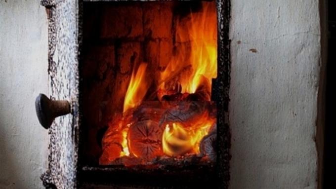 Мать смаленьким сыном отравились угарным газом наАлтае