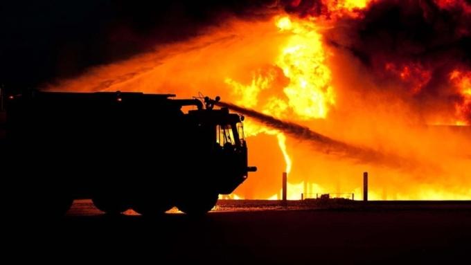 Пожар вотеле вМичигане: 12 человек пострадали