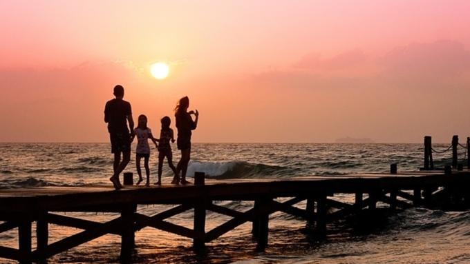 ВНидерландах хотят разрешить детям иметь четырех родителей