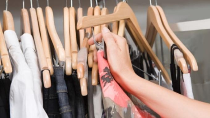 Бийчанка уговорила 11-летнюю дочь украсть одежду изторгового центра