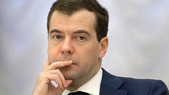 Д. Медведев потребовал изъять «Боярышник» изпродажи