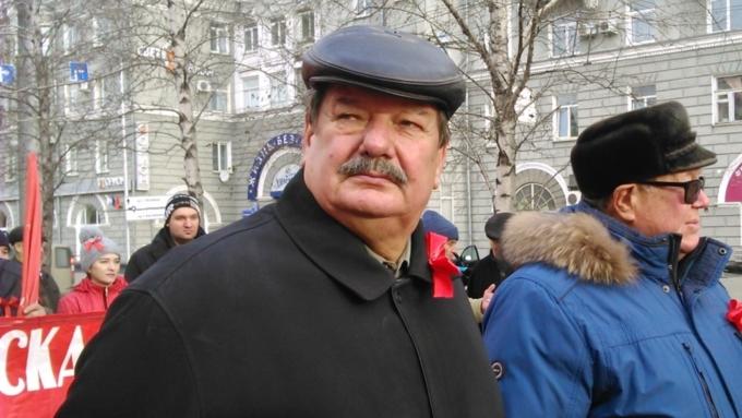 Депутатов Государственной думы вплоть доэтого времени неосвободили служебное жильё