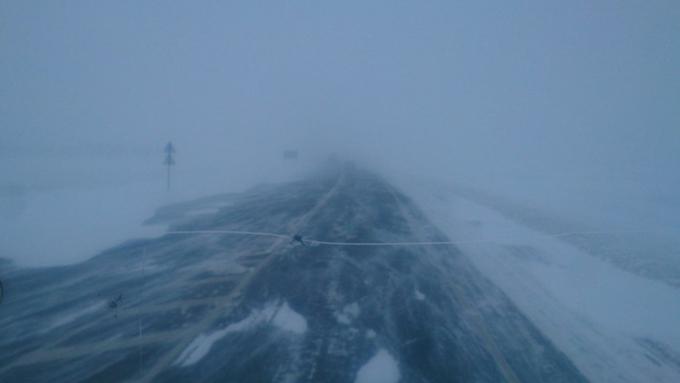 Сильные снегопады, метели и сильный ветер: в Алтайском крае действует штормовое предупреждение