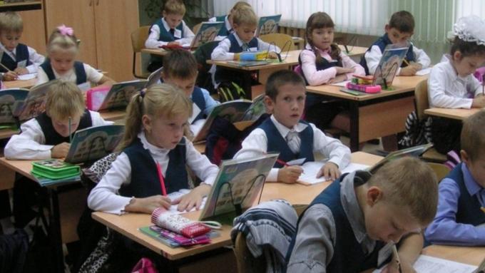 Специалисты узнали какой предмет хуже всего знают школьникиРФ