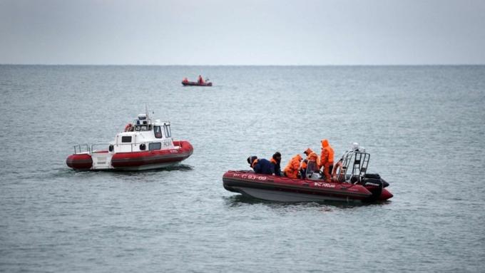 Мотор истойка шасси Ту-154 найдены вЧерном море