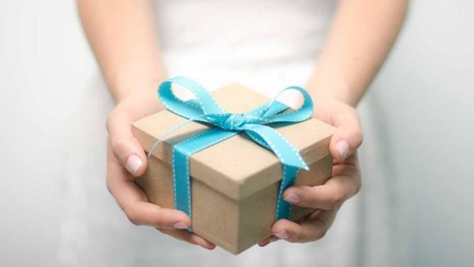 Какие подарки наНовый год приготовили петербуржцы для собственных близких