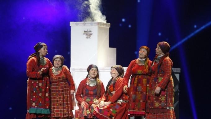 «Бурановские бабушки» порадовали фанатов новым новогодним клипом